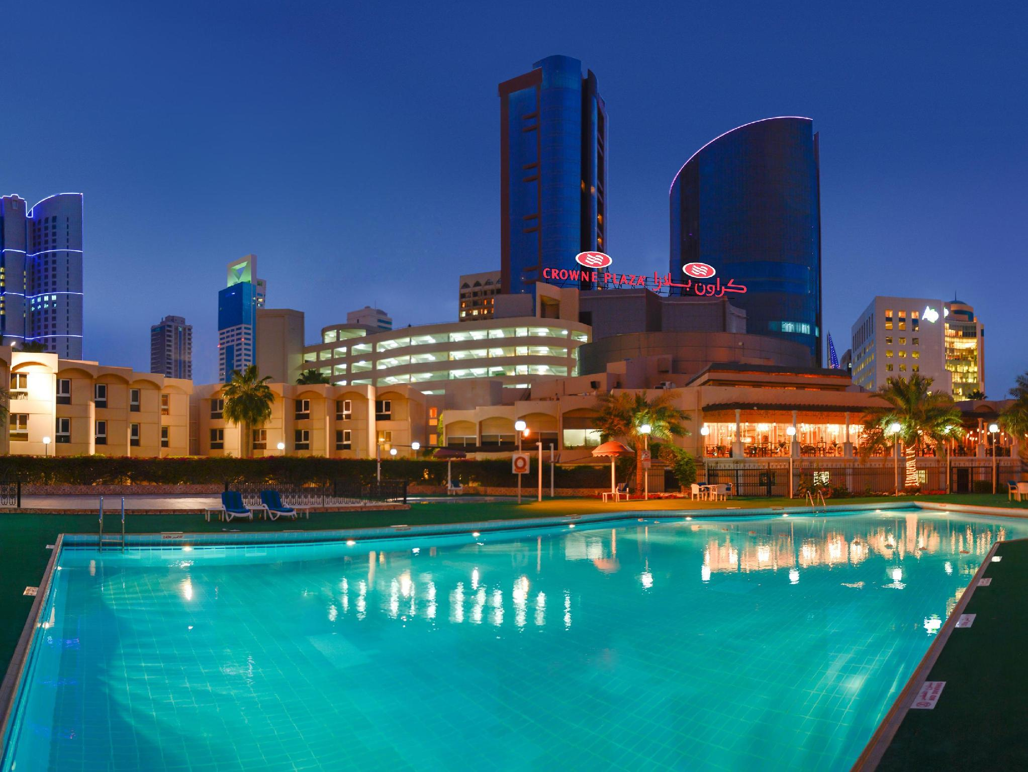 Crowne Plaza Bahrain - Hotels and Accommodation in Bahrain, Middle East