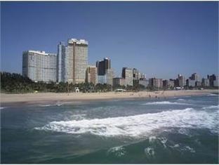 Southern Sun Elangeni Hotel Durban - Beach