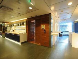 Scandic Simonkentta Hotel Helsinki - Wnętrze hotelu