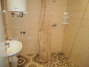 Isabell Guesthouse פרנו - חדר אמבטיה