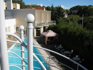 Hotel Vesiroos بارنو - بلكون/شرفة