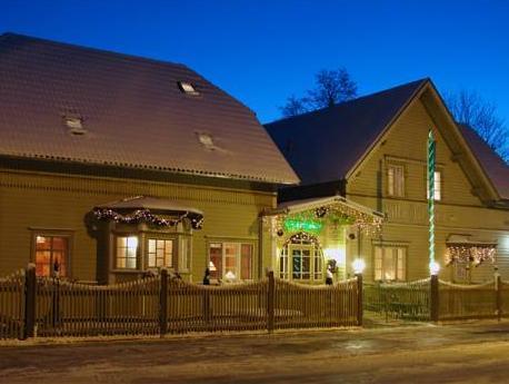 Villa Johanna Guesthouse بارنو - المظهر الخارجي للفندق