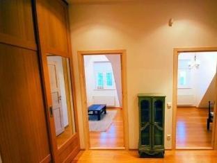 Villa Lehe Apartment פרנו - בית המלון מבפנים