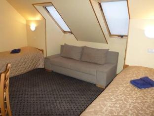Aleksandri Guesthouse פרנו - חדר שינה