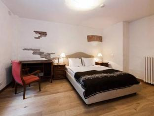 Toompea Apartments Tallinn - Gästrum