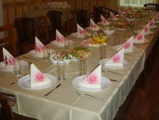 Nurmeveski Guesthouse פרנו - מסעדה