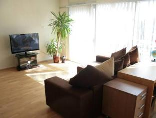 Liivalaia Stockmann Apartment טלין - חדר שינה