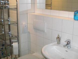 Apartment Schliemannstrasse Berlin - Apartment