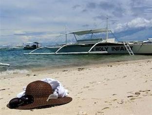 คาลิพายันบีชรีสอร์ทแอนด์แอตแลนติไดฟ์เซ็นเตอร์ โบโฮล - ชายหาด