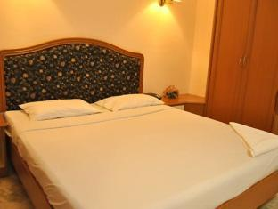 Hotel Atchaya Chennai - Hotellihuone