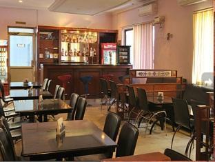 亞特查雅飯店 清奈 - 酒吧/沙發酒吧