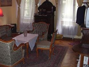 Family Apartment Budapest - Hotel Interior