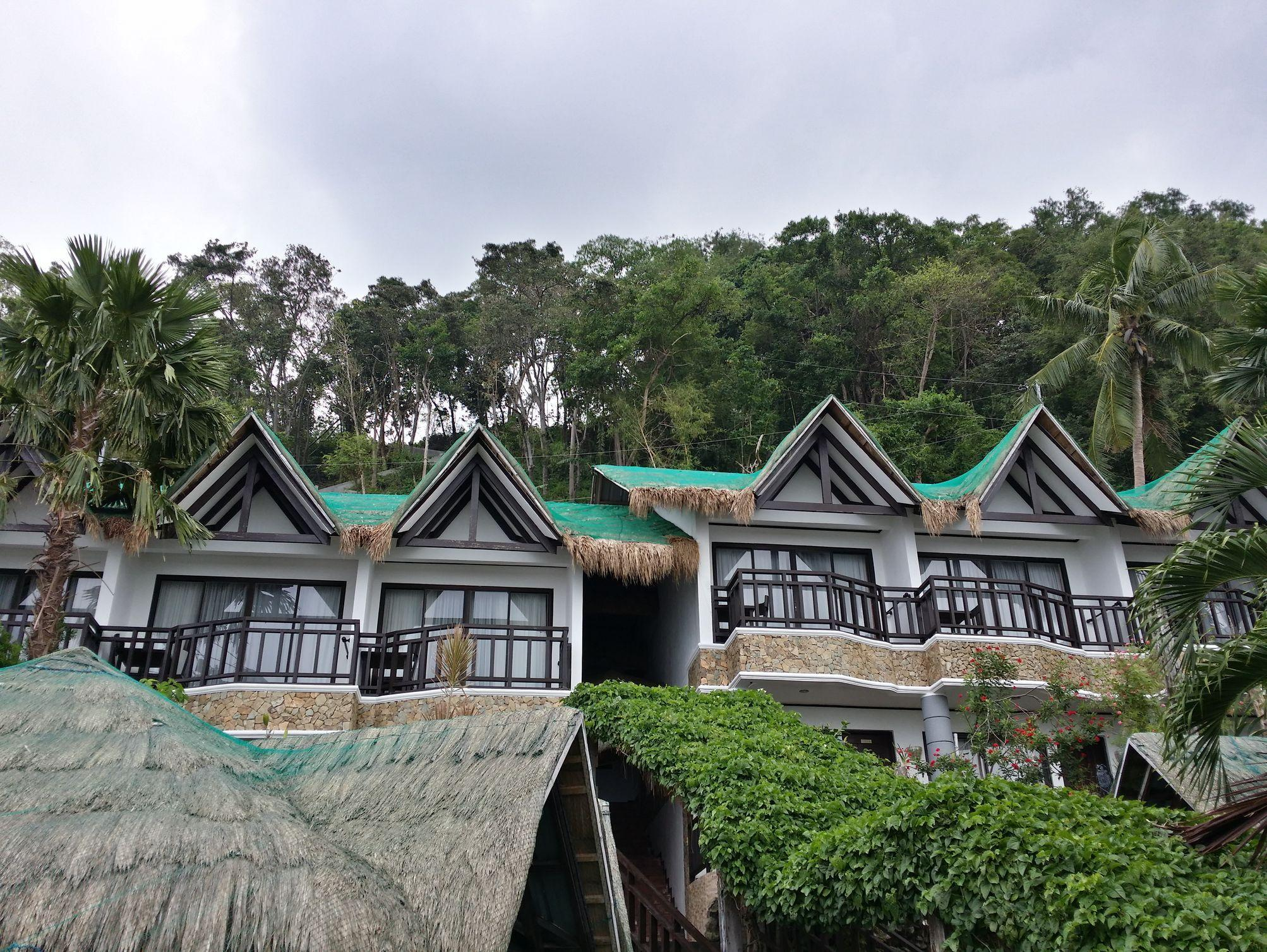 Crystal Blue Resort - Hotels and Accommodation in Philippines, Asia