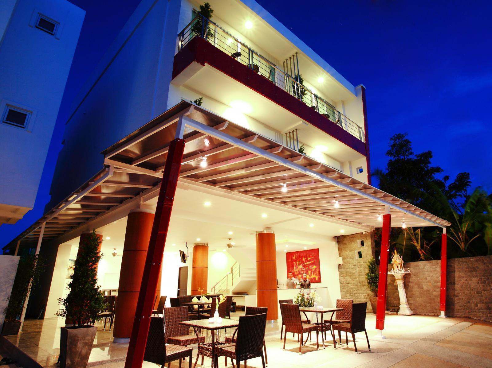Hotell Baan Sabai Hotel i Naiharn, Phuket. Klicka för att läsa mer och skicka bokningsförfrågan