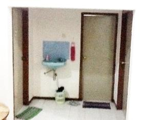 Nature Home Surabaya - Bathroom