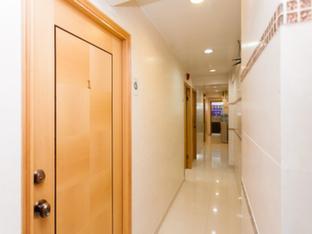 KG Garden Guest House Hong Kong - Corridor