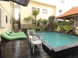 Hotel S8 Bali - Swimming Pool
