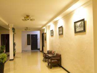 Cherry Red Hotel Medan - Interior de l'hotel