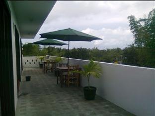 Panglao Palms Apartelle Bohol - Balkon/Taras
