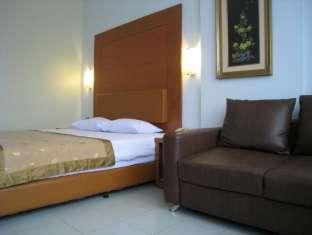 Jangga House Bed & Breakfast Medan - Gostinjska soba