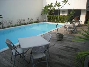 Jangga House Bed & Breakfast מדאן - בריכת שחיה