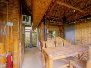 Samal Island Huts Davao - Balcon/Terasă