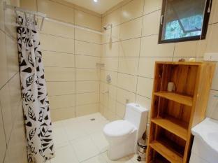 Samal Island Huts डावाओ - बाथरूम