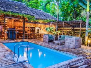 Samal Island Huts Davao - Piscina