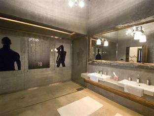 Flat in Luxury Style Hotel Boedapest - Badkamer