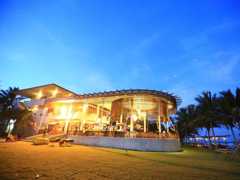 Hotell Bansaithong Beach Resort i , Prachuap Khiri Khan. Klicka för att läsa mer och skicka bokningsförfrågan