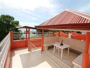 Escarez Pension House Coron - Roof Deck