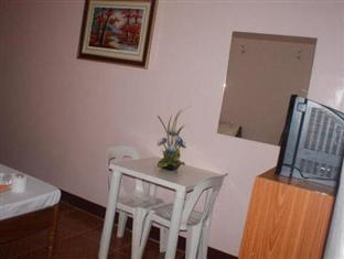 Escarez Pension House Coron - Room Facilities