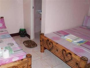 Escarez Pension House Coron - Guest Room