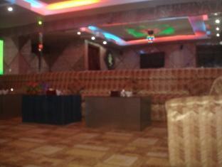 Sambath Meanheng Hotel Phnom Penh - Karaoke Room