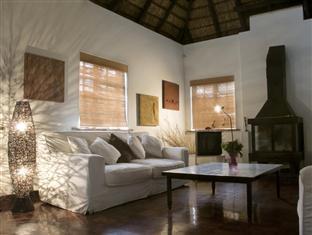 The Beautiful South Guesthouse Stellenbosch - Lounge