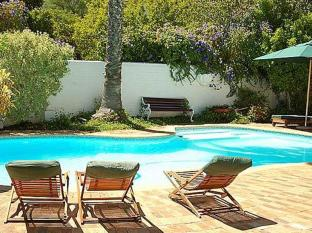 The Beautiful South Guesthouse Stellenbosch - Swimming Pool