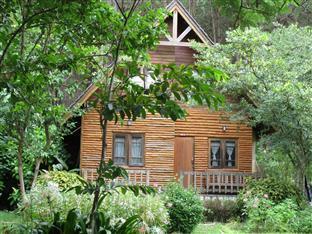 Khaokho Talaypu Resort Khao Kho - Country Lake View Villa