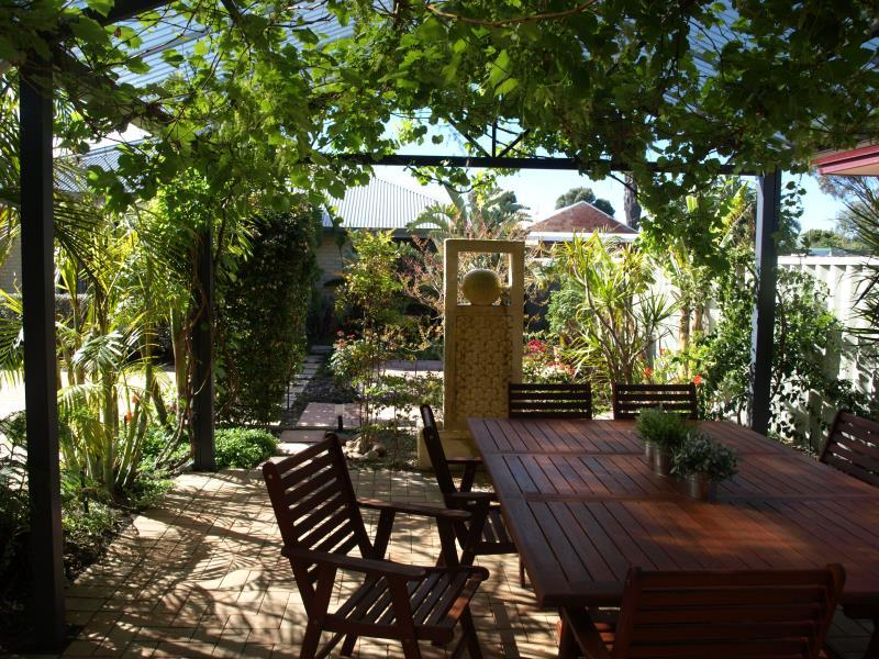 Baudins of Busselton Bed & Breakfast - Hotell och Boende i Australien , Margaret River Wine Region