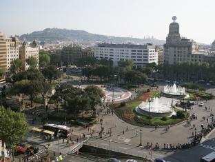Rent Top Apartments Plaza Catalunya Barcelona - View