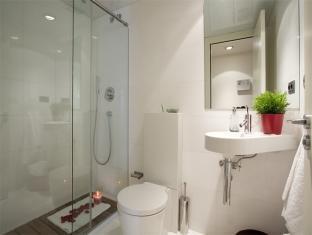 Rent Top Apartments Plaza Catalunya Barcelona - Bathroom