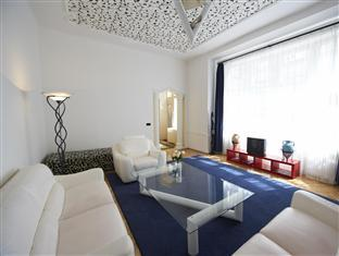 Pearl Apartment II
