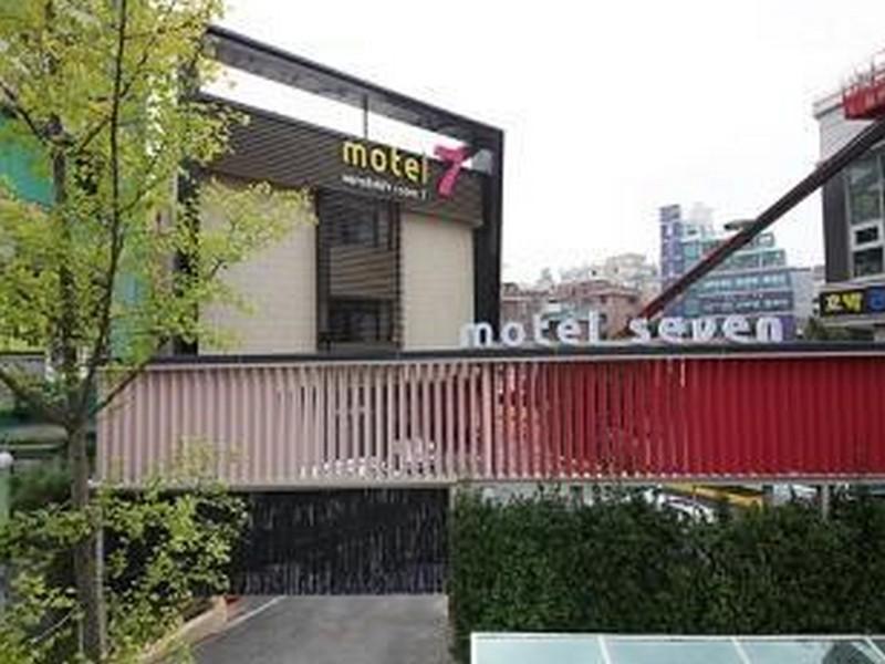 โรงแรม เซเว่นโมเต็ล ดึงชอน  (Seven Motel Deungchon)