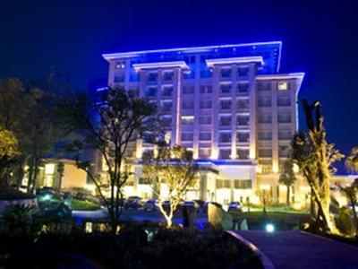 四川自貢名人酒店