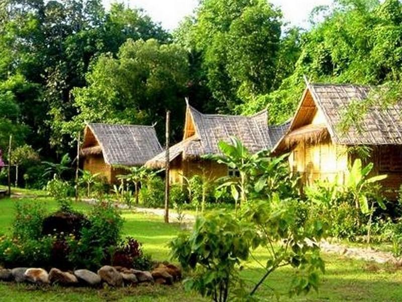 Hotell Phu Iyara Resort i , Thong Pha Phum (Kanchanaburi). Klicka för att läsa mer och skicka bokningsförfrågan