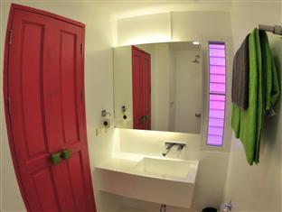 The Marq Hotel Phuket - Badezimmer
