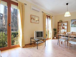 Gaudi's Nest Apartments Barcelona - Interior