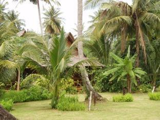 Lom Lae Beach Resort Phuket - Jardín