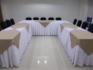 Hotel Vicente Davao - Meeting Room