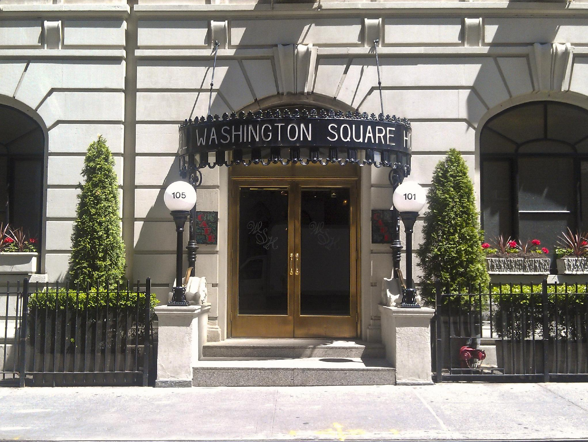 Washington Square Hotel - Hotel and accommodation in Usa in New York (NY)