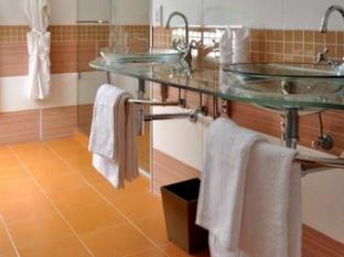 Magellan's Passage Guest House Cape Town - Bathroom